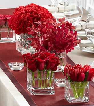 The FTD Modern Grace Centerpiece