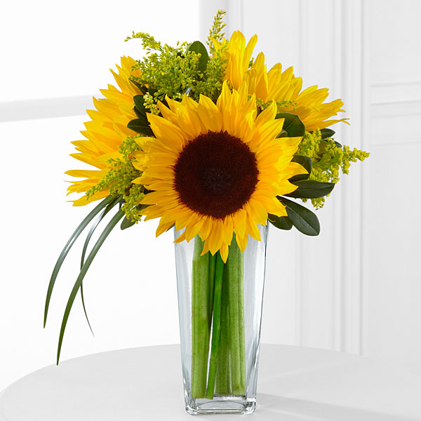 The ftd sunshine daydream™ bouquet vase included judy
