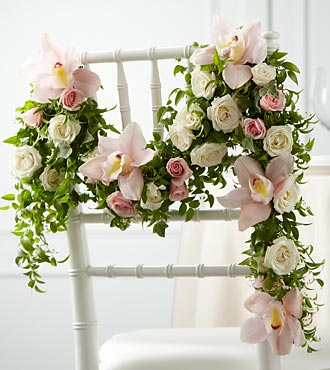 The FTD Orchid Rose Chair Décor